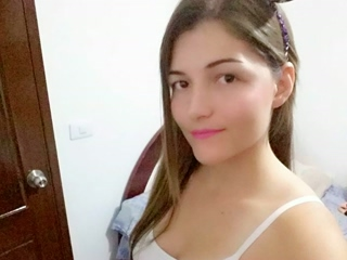 MelanieR
