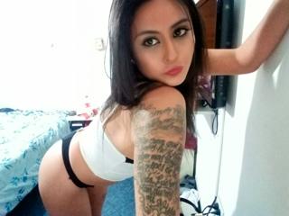 VickyG