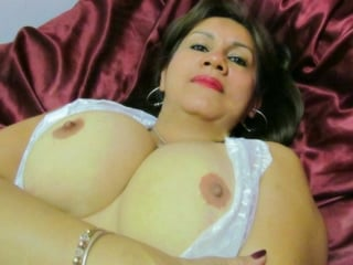 Honey Milf Cam